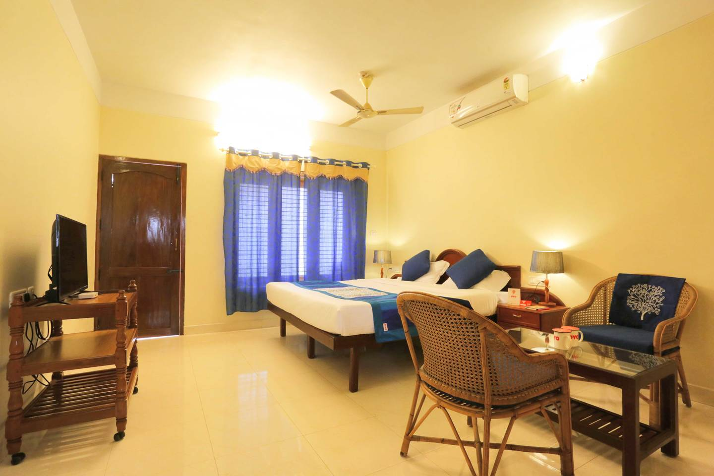 Oyo-rooms-review-greenshore homestay