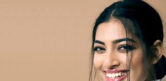 India Icons - Naveli